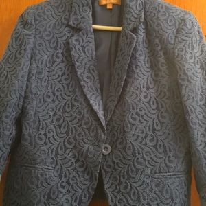 Dressy jacket in a very good condition